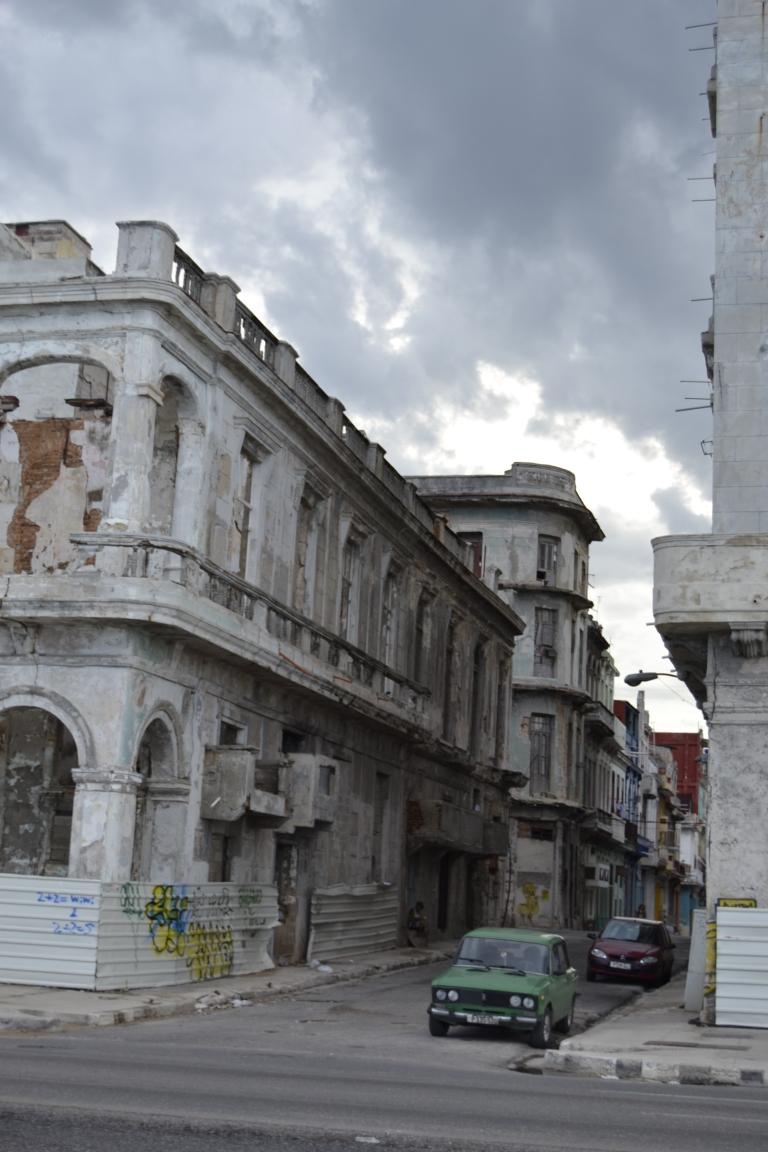 Una de las calles de la Habana Centro, con salida a el Malecón