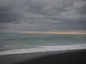 La puesta de sol y una tormenta a la vista