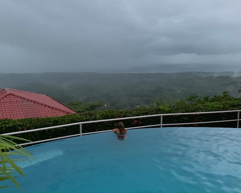 Vistas desde el hotel al Parque Nacional Marino Ballena
